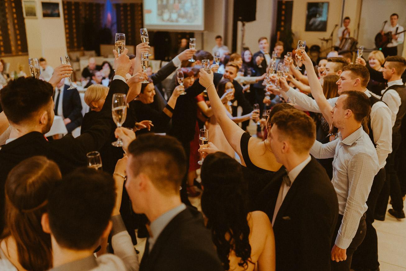 20190207 Maturantski Ples Zdravstvena šola Z4B 2730