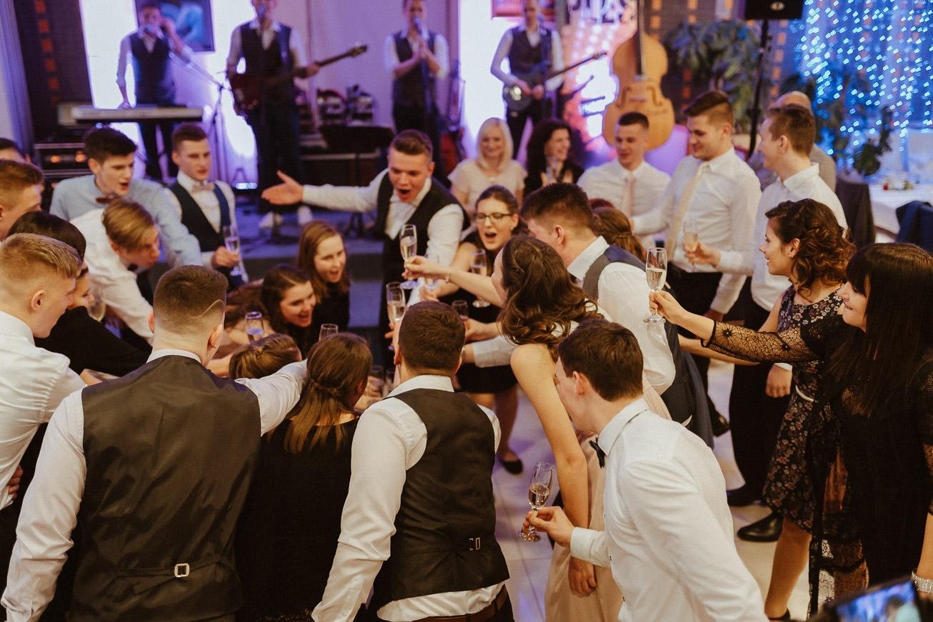 20190223 Maturantski Ples Kemijska šola K4B 3958