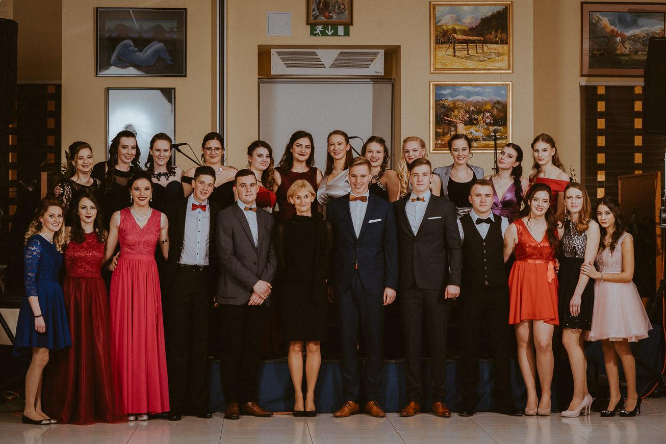 20190207 Maturantski Ples Zdravstvena šola Z4B 0501