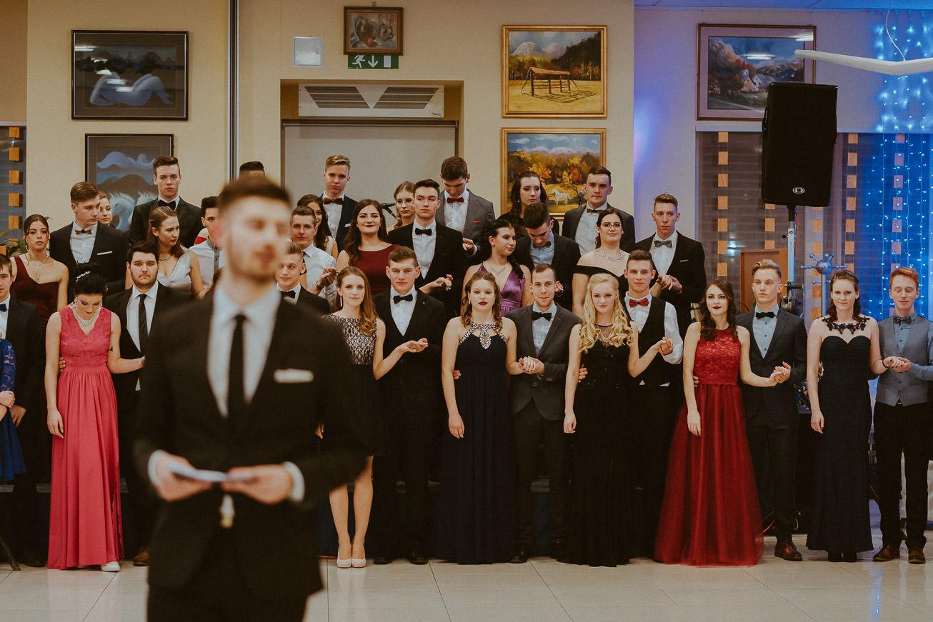 20190207 Maturantski Ples Zdravstvena šola Z4B 0686