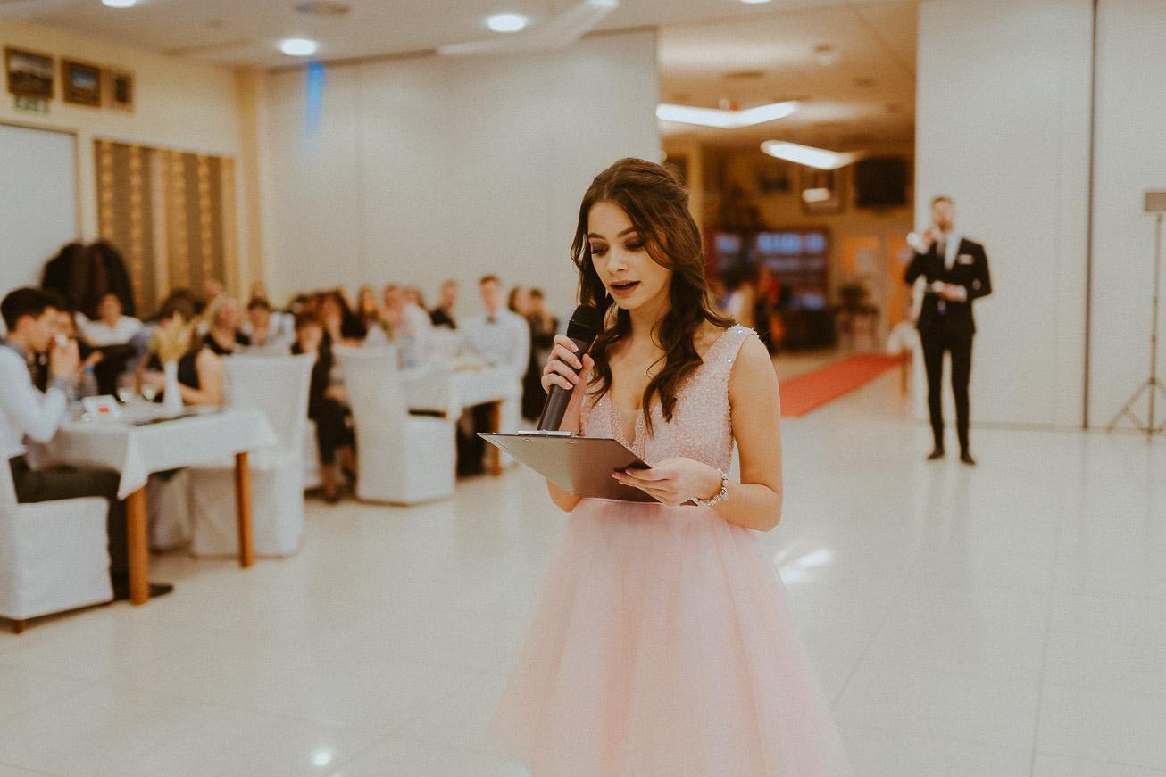 20190207 Maturantski Ples Zdravstvena šola Z4B 1228
