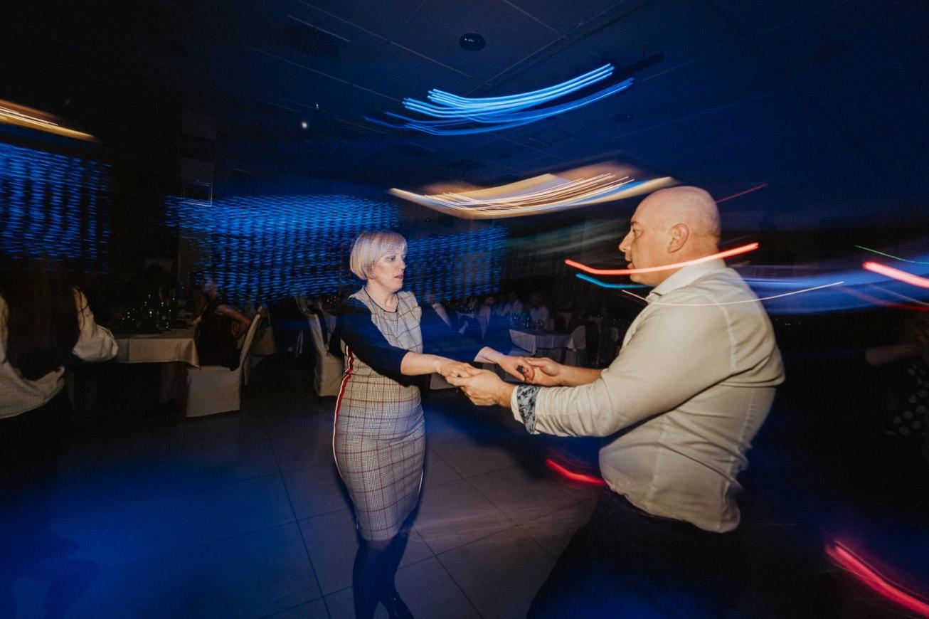 Galaksija Trebnje Fotograf za maturantski ples 80