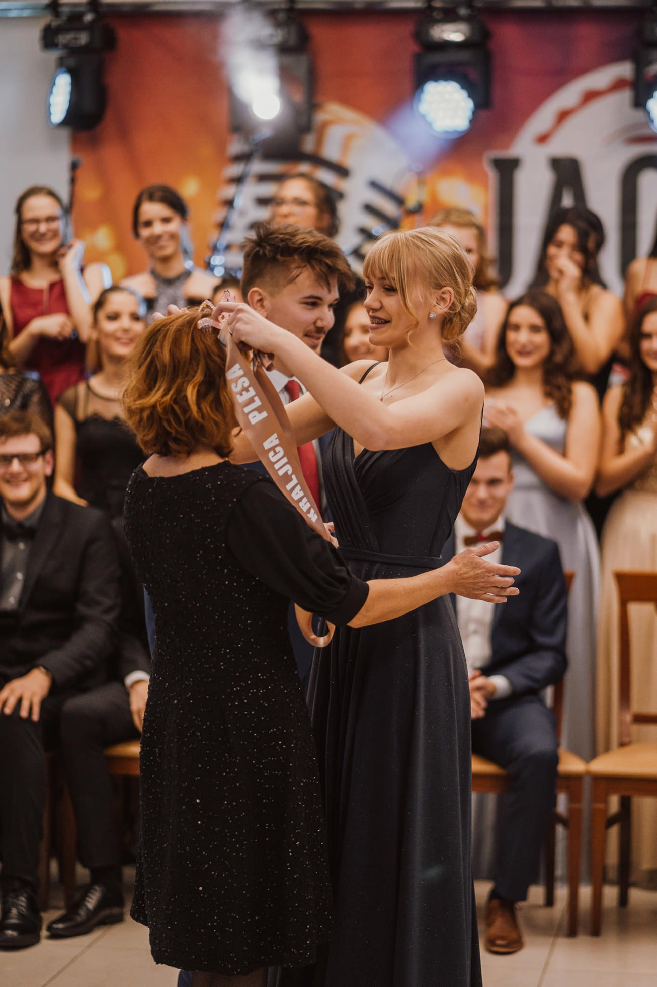 Gospodarsko razstavisce Ljubljana fotograf maturantski ples 47
