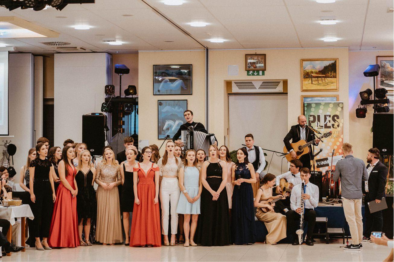 Hotel Dolenjc Maturantski ples fotograf 45