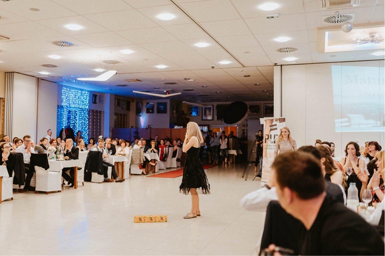 Hotel Dolenjc Maturantski ples fotograf 56