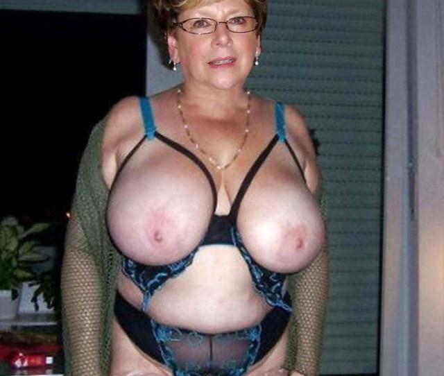 Old Women Naked Posing Nude Maturehomemadeporn Com