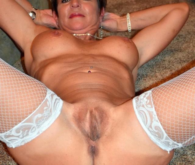 Naked Single Mature Ladies Maturehomemadeporn Com