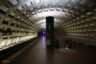 Empty Roslyn Metro Station