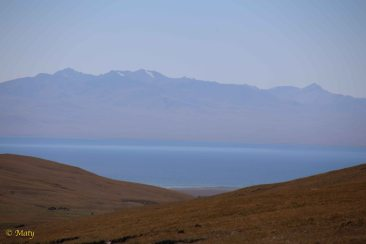 Song Kul Lake from the road