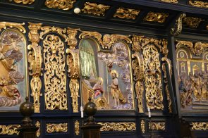 Side panels in the Saint Mary's Basilica (Kościół Mariacki)