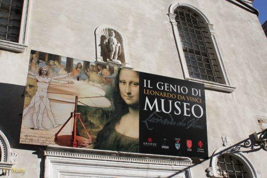 Da Vinci is in the town