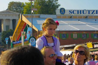 traditional Bavarian clothing