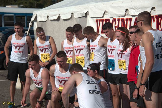 Team from Virginia Tech is taking group picture