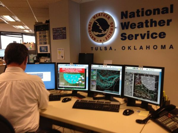 Weather Service Suffers Catastrophic Outage Stops