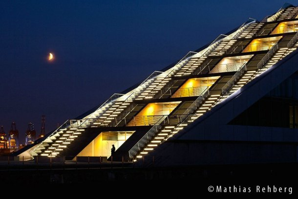 Hamburg-Dockland-Nachtwaechter