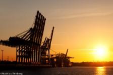 Hamburg-Hafen-Kraene