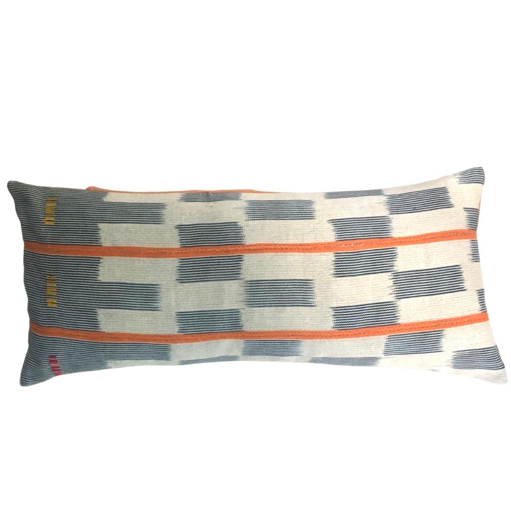Baulé cloth cushions