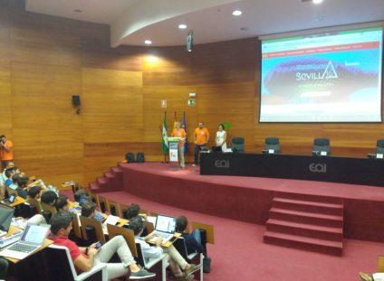 Mariano Perez en la charla inaugural junto a Iñaki y Arantza Respaldiza.