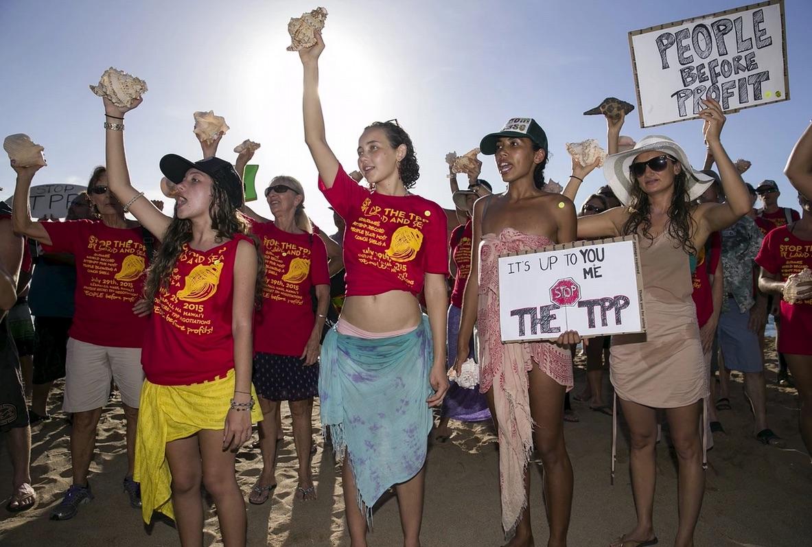 Hawaii-anti-TPP-protest-Marco-GarciaREUTERS-July-30-2015