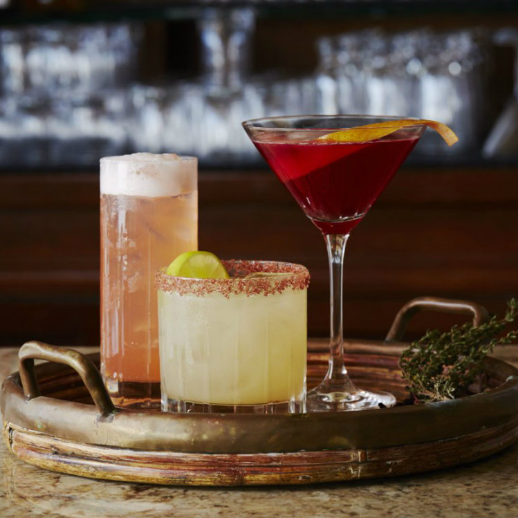 happy hour at luana maui - farimont kea lani - maui happy hours