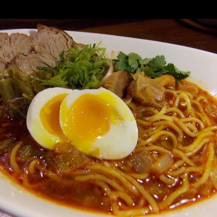 best-wailea-happy-hours-lineage-maui-restaurant-3