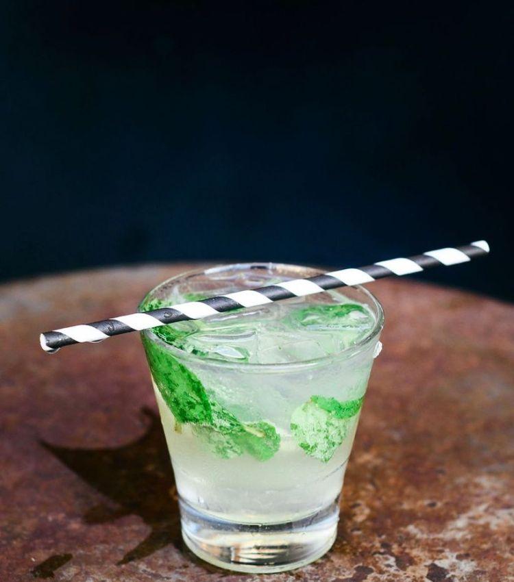 happy hour mint julep longhis maui