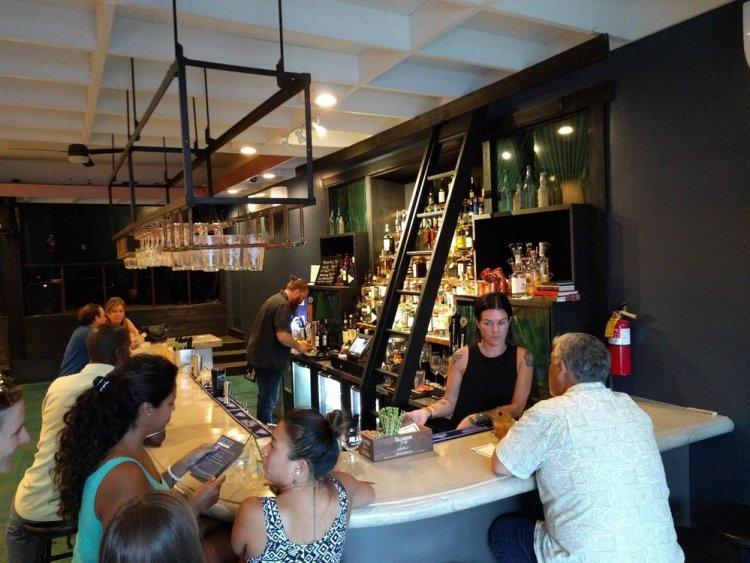 wai bar 45 N Market St unit b, Wailuku, HI 96793