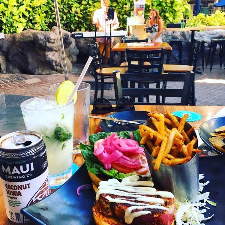 Best Happy Hours Lahaina Maui - Down the Hatch