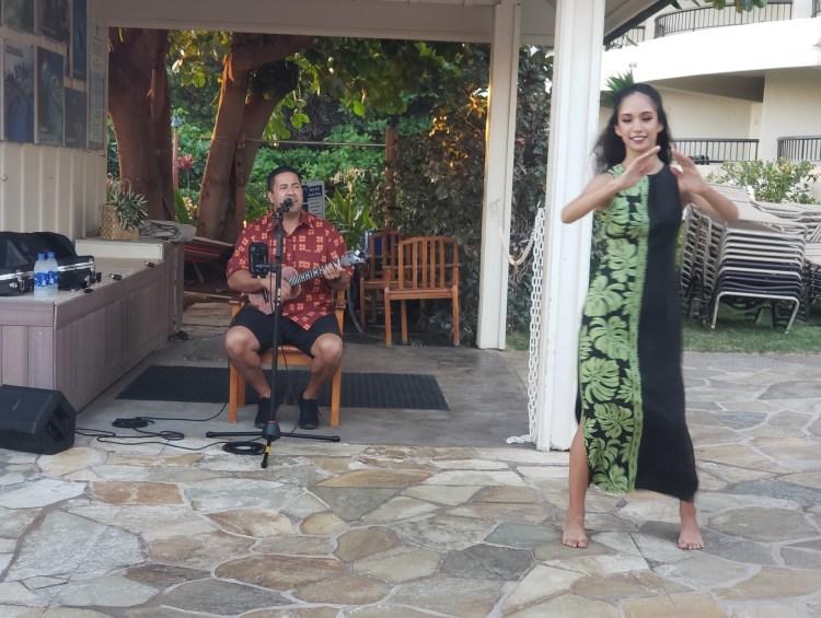 Live Music and Hula at Sheraton Maui Happy Hour 2021