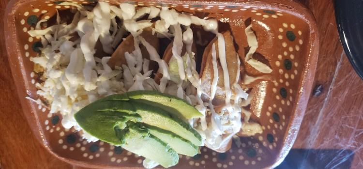 Street tacos with avocado at La Catrina Maui Happy Hour