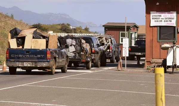 maui junk hauling delivery cargo van moving recycle clean up services