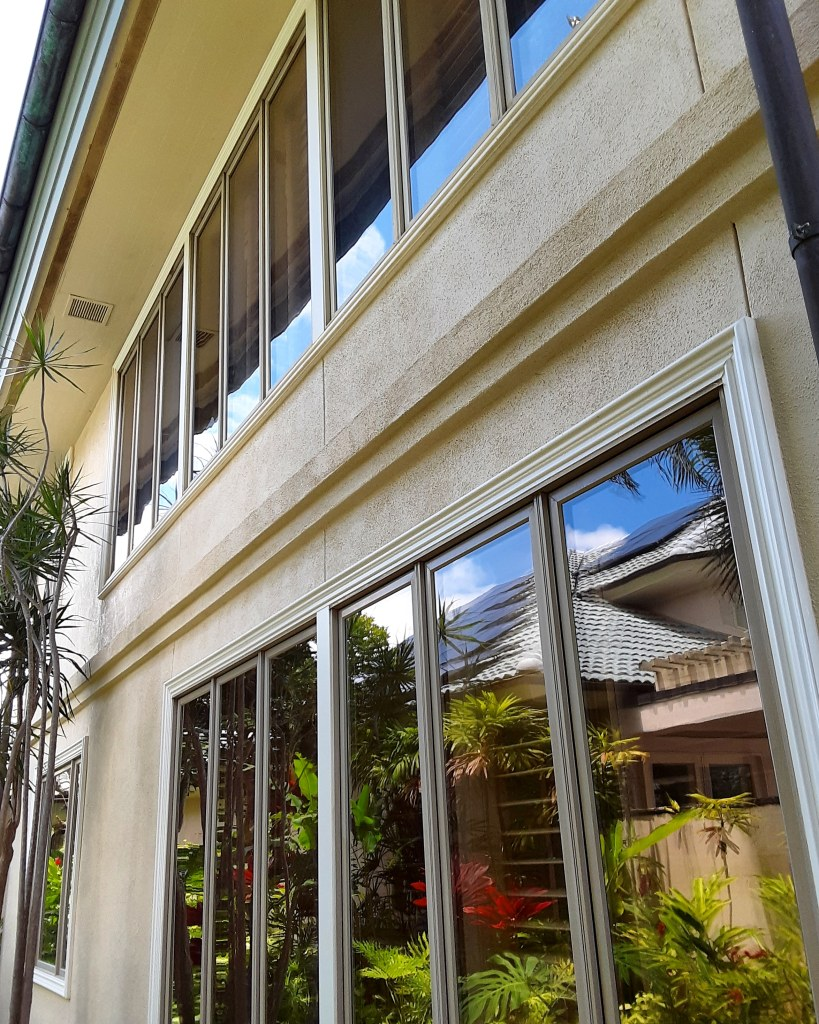 Maui Window Washing Tall Windows
