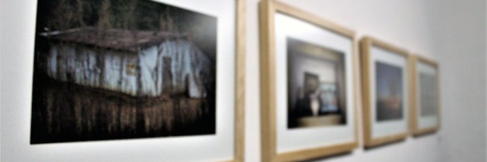Geografía del dolor (serie), 2012 - 2013, Mónica González, Fotografías a color, Colección Hashi Gallery.