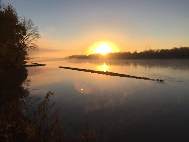 Quite morning on the banks of the Missouri.