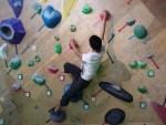 ボルダリングを体験したい!最近注目のボルダリングどうすればできる?