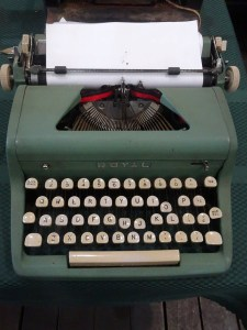 http://maureenhelen.com/wp-content/uploads/2018/04/Royal-typewriter-2.jpg
