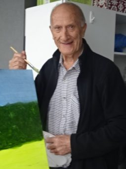 https://maureenhelen.com/wp-content/uploads/2018/10/John-painting-on-balcony.jpg