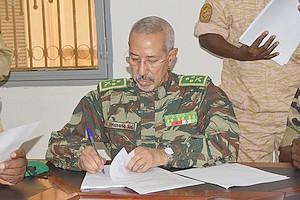 اختيار وزير الدفاع لقيادة الحرب على وباءكرونا