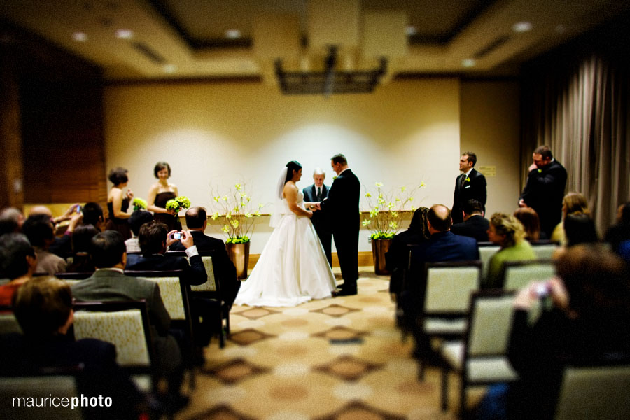 Winter Wedding pictures in Seattle