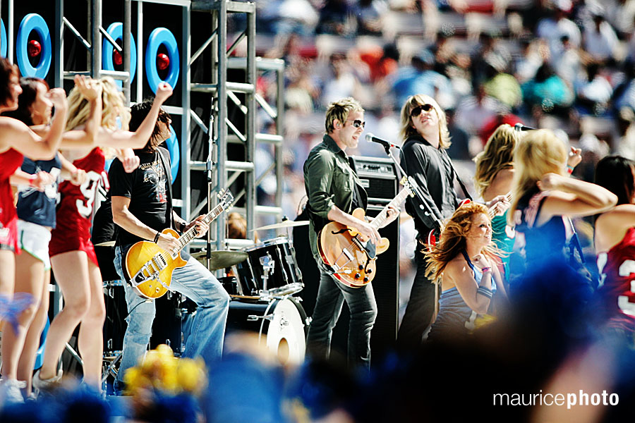 Lifehouse performs at the Pro Bowl