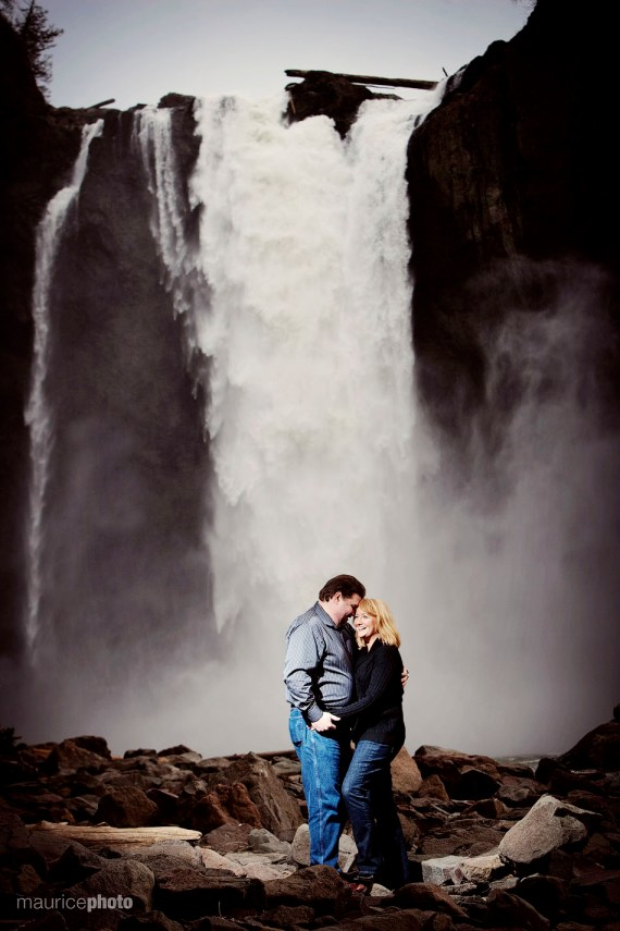Salish Lodge Engagement Pictures.