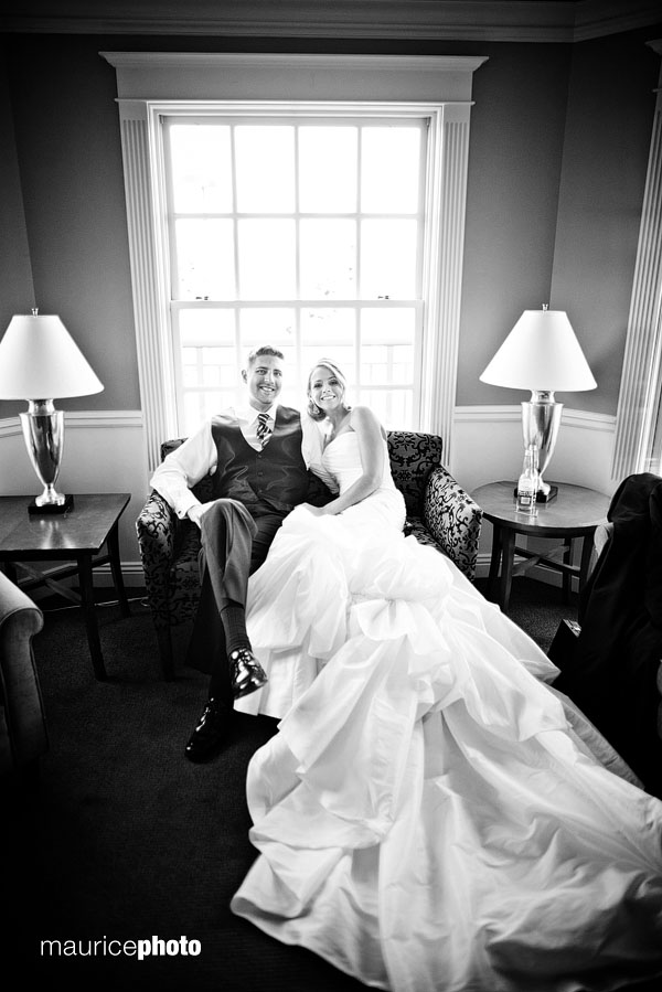 Black and white wedding pictures in Seattle