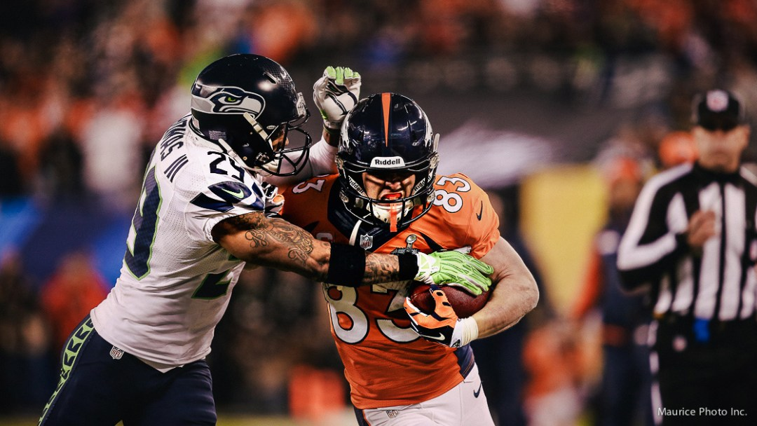 Earl Thomas tackles Wes Welker in Superbowl 48