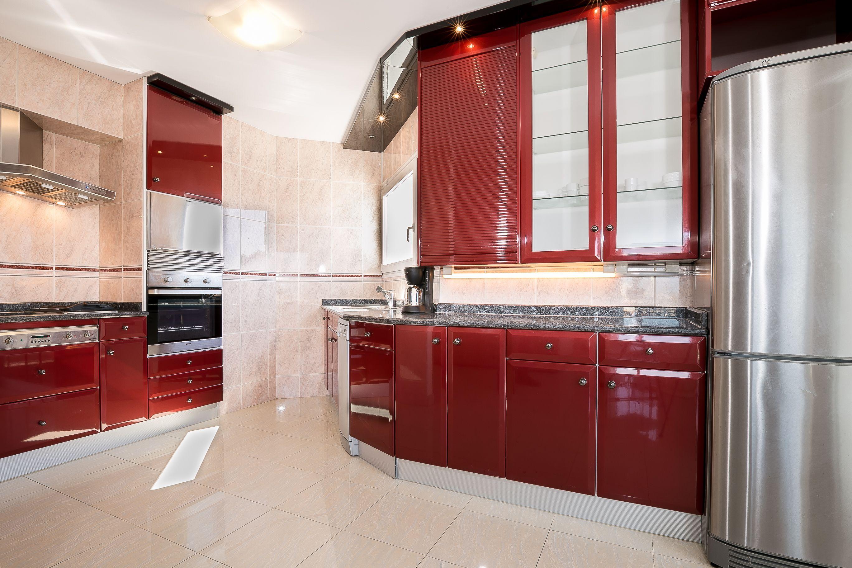 213 pisos y apartamentos en venta en empuriabrava, girona. Apartamento familiar en la marina de Empuriabrava ...