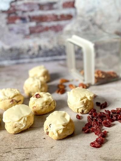 Cranberry Pecan Sandie Recipe