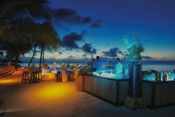 Paradis outdoor kitchen