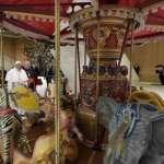 papa francesco giostra giubileo spettacolo viaggiante