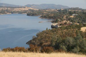 Pardee Reservoir by Isolino Ferreira; used under Creative Commons license.