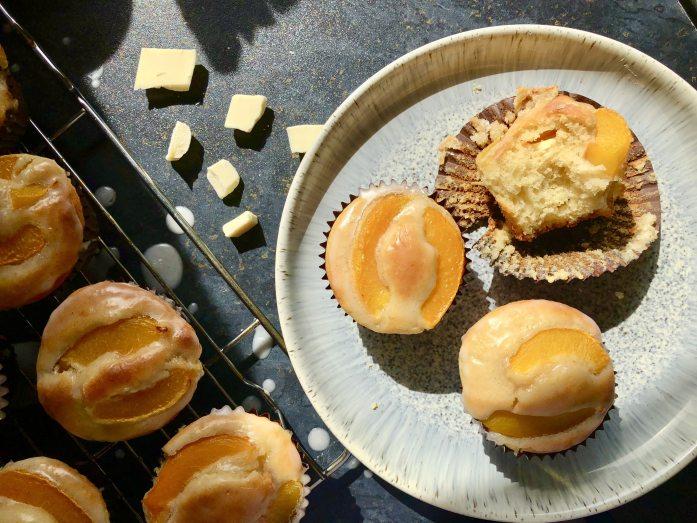 peach and white chocolate muffins