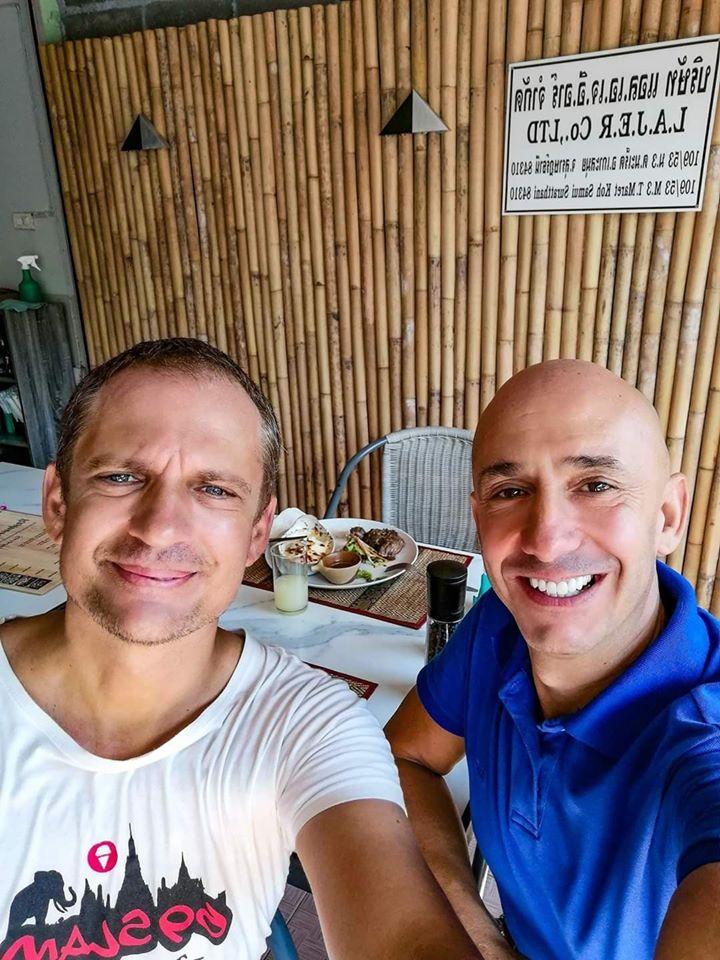 Eric et Bernie au restaurant la Cantine a Lamai beach (Koh Samui).